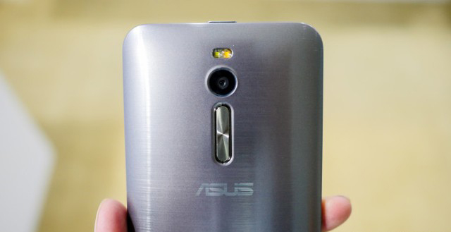 camera-asus-zenfone-2-ram-4gb