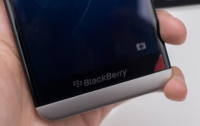 blackberry-z30-cau-hinh