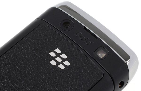 blackberry-bold-9700-camera