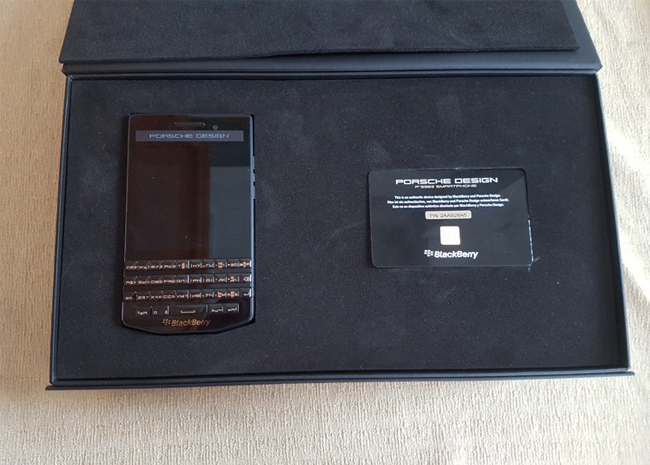 blackberry-porsche-design-p9983-duchuymobile-2