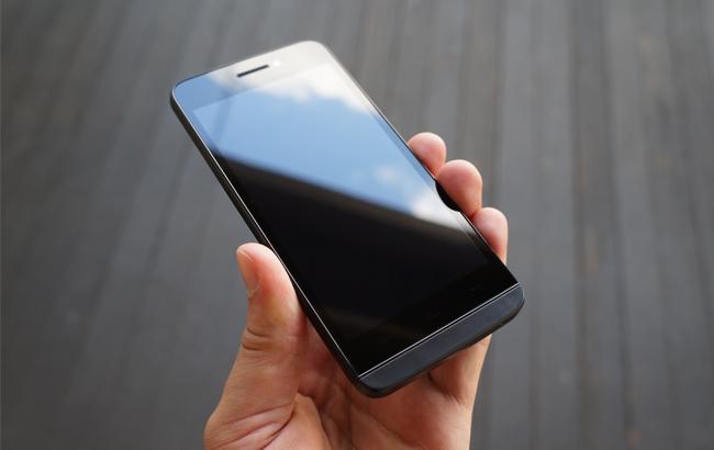 blackphone-1-tren-tay-danh-gia-2