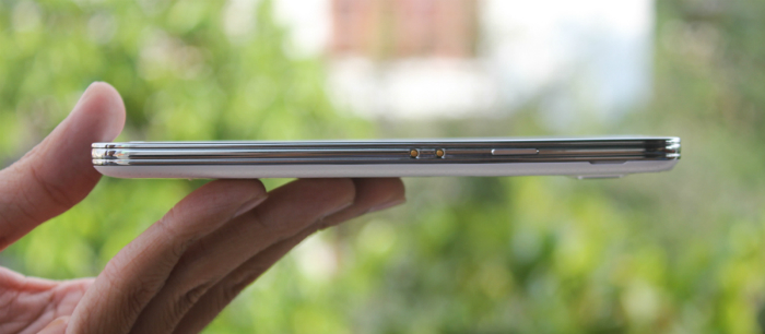 Samsung Galaxy S5 Au Xách Tay Nhật viền kim loại