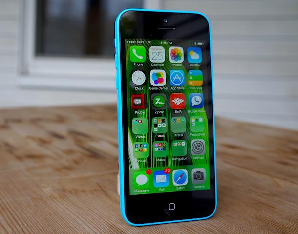 iPhone 5C cũ có màn hình 4 inch hiển thị sắc nét