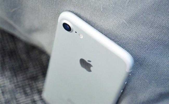 iphone-7-128gb-tren-tay-danh-gia-5