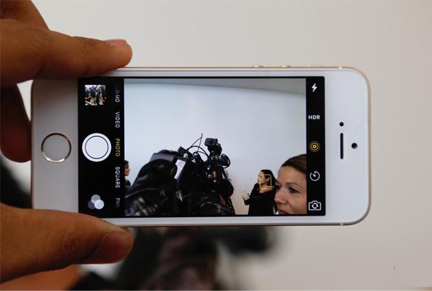 iphone-se-16gb-camera