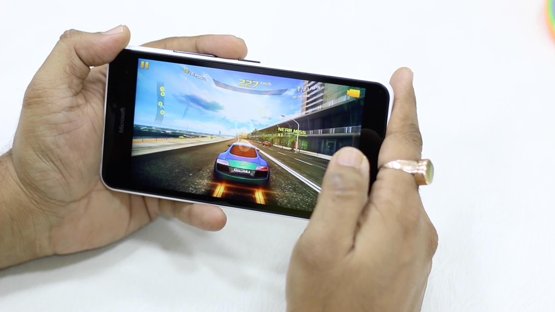 microsoft-lumia-640-xl-cau-hinh