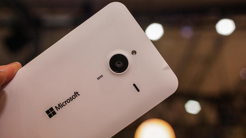microsoft-lumia-640-xl-thiet-ke-3