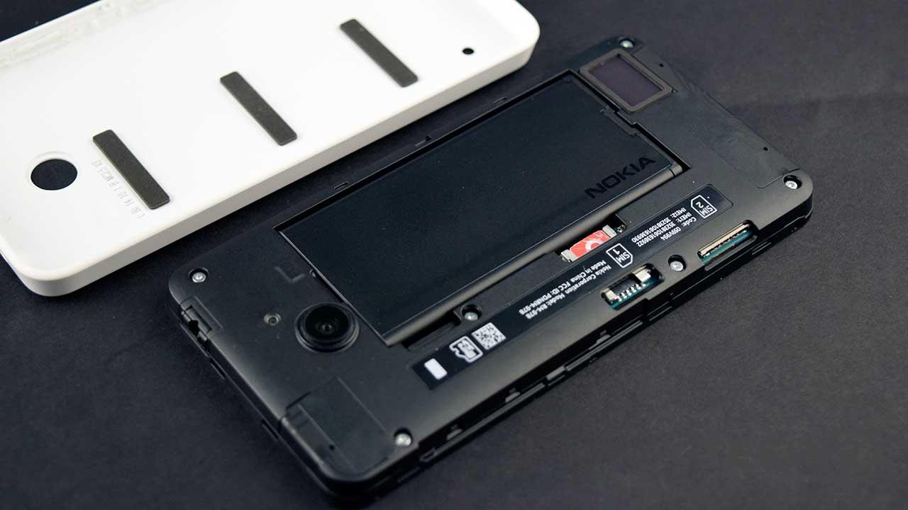 nokia-lumia-630-pin