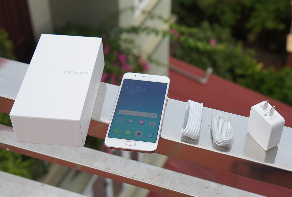 oppo-f1s-mo-hop-danh-gia-nhanh-1