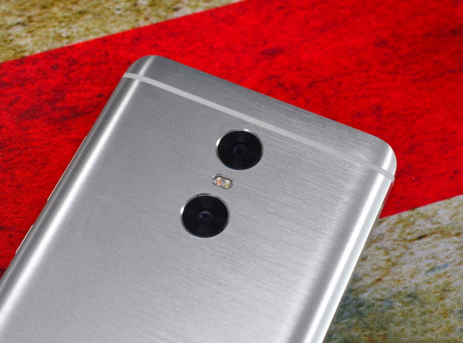 xiaomi-redmi-pro-64gb-camera