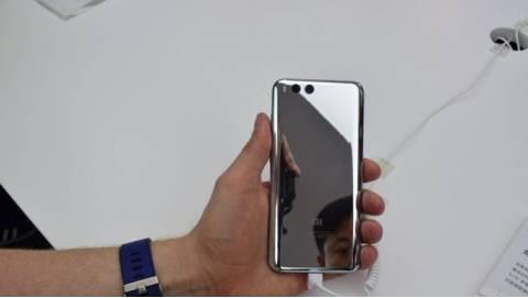 So sánh cấu hình Xiaomi Mi6 với Galaxy S8, iPhone 7 Plus, LG G6 và XZ Premium