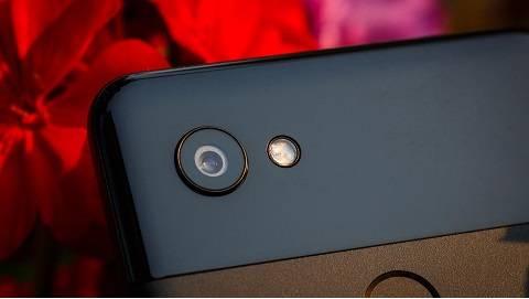 Google Pixel 3 và Pixel 3 XL chính thức lộ ảnh báo chí
