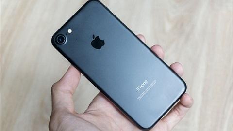 iPhone 7 Lock 32GB tiếp tục điều chỉnh giá, giảm mạnh còn 5.890.000 đồng