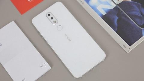 Nokia X6 2018 màu trắng RAM 4GB/64GB chính thức bán ra tại Đức Huy Mobile