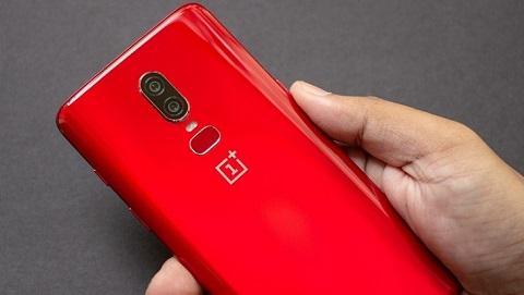 Trên tay OnePlus 6 màu đỏ ấn tượng, sắp lên kệ Đức Huy Mobile