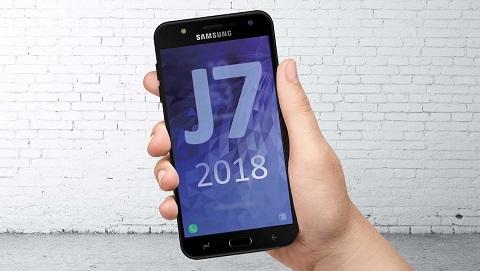 Samsung Galaxy J3 (2018) và J7 (2018) ra mắt nhưng chưa lộ giá và thông số chi tiết