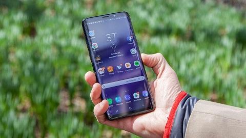 Samsung Galaxy S10 màn hình OLED 6.2 inch, công nghệ âm thanh mới