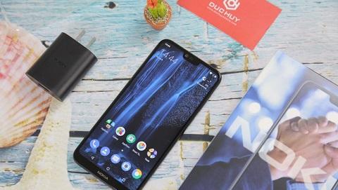 Top 6 smartphone màn hình tai thỏ, camera kép vừa lên kệ Đức Huy Mobile