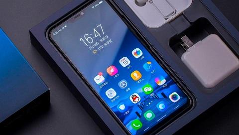 Cấu hình Xiaomi Mi8 đạt điểm hiệu năng cao nhất thế giới