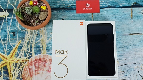 Mở hộp Xiaomi Mi Max 3 đầu tiên vừa về TP.HCM tại Đức Huy Mobile