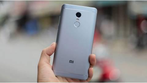 Bộ 3 smartphone Xiaomi giá chỉ từ 3 triệu đồng