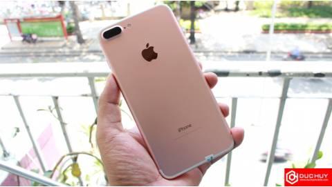 iPhone 7 Plus 256GB quốc tế cũ và LG V30: Phablet nào tốt hơn?
