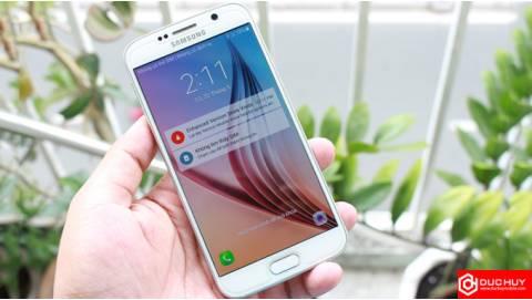 Điểm tin 15/06: Samsung vừa đánh vừa xoa, HTC 10 Evo ung dung hút khách