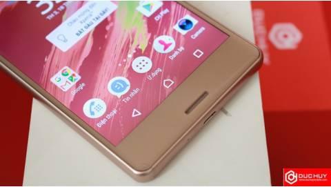 So sánh Xiaomi Redmi Note 4X và Xperia X: chọn thiết kế hay sự bền bỉ
