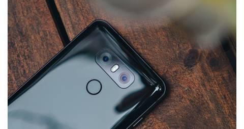 Đánh giá LG G6 giá rẻ giữa rừng smartphone camera kép