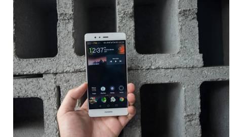 """Huawei P9 """"lên đời"""" khi được cập nhật Android 7.0 Nougat"""