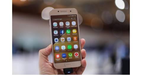 Pin Samsung Galaxy A3 2017 không đùa được đâu!
