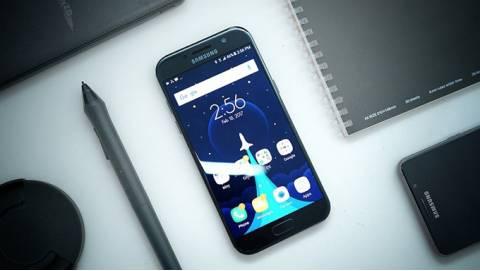 Samsung Galaxy A5 2016, Galaxy A5 2017 cập nhật bảo mật tháng 10