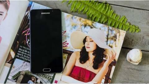 Hai thế hệ Samsung Galaxy A5 chính hãng đồng loạt giảm sâu