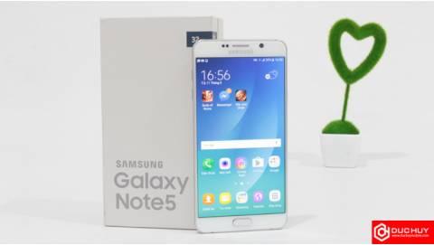Samsung Galaxy Note 5 và LG V20, model nào tiện ích hơn?