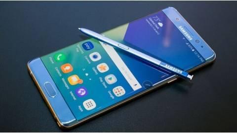 Hình ảnh Samsung Galaxy Note 7 tân trang FE trên tay người dùng
