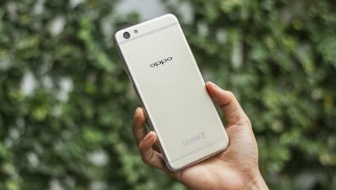 Với 10 triệu: Chọn ngay Oppo F3 Plus Tóc Tiên hay mua Galaxy S7 Edge?