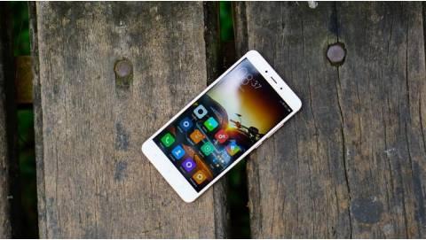 Với 4 triệu nên chọn mua ngay Galaxy S6 hay Xiaomi Redmi Note 4