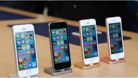 iPhone SE sẽ không sản xuất tại Trung Quốc, giao hàng từ tháng 5