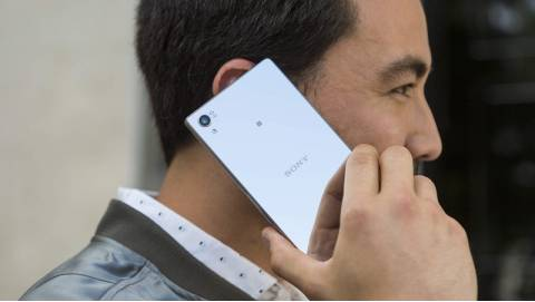 Sony Xperia Z5 Premium có giá bán chính thức