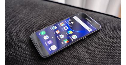 Nên mua Samsung Galaxy S7 giá 9 triệu hay chờ S8?