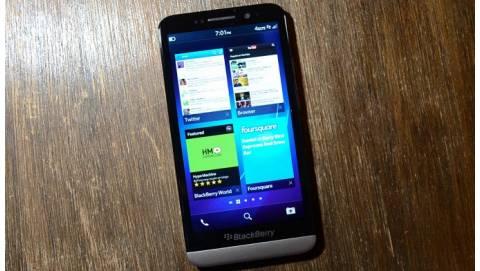 Blackberry Z30 giá rẻ: Lựa chọn mới cho tín đồ Android, iOS