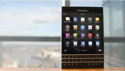 5 Lý do mua BlackBerry Passport giá 4 triệu thuyết phục nhất
