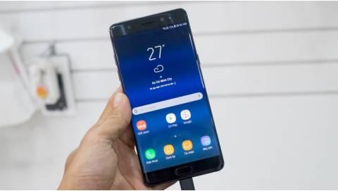 Hình ảnh Samsung Galaxy Note FE giá 11 triệu: Yêu lại từ đầu