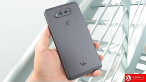 So sánh LG V20 cũ và HTC 10 Evo: smartphone nào pin trâu hơn?