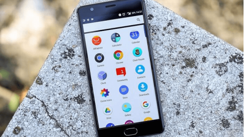 Mua smartphone RAM 6GB, chọn Samsung Galaxy C9 Pro hay OnePlus 3?