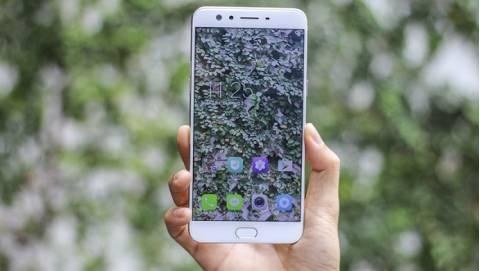 Oppo F3 Plus sở hữu tính năng cảm biến vân tay đẳng cấp