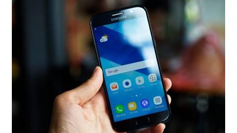 Trên tay Samsung Galaxy A5 2017: Đổ gục từ cái nhìn đầu tiên
