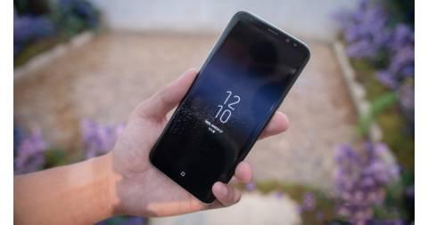 Samsung Galaxy S8 Plus 6GB RAM lại giảm giá, lấy lòng người dùng