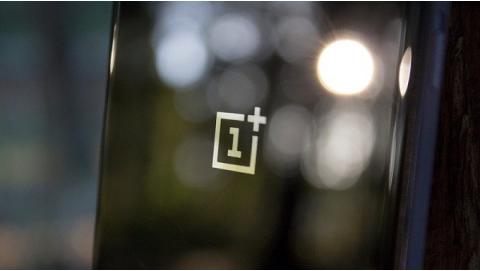 OnePlus 5 xuất đầu lộ diện với cấu hình khủng long