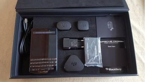 BlackBerry Porsche Design P'9983 giá từ 50 triệu, về 18 triệu